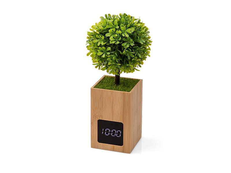Stoni sat od bambusa